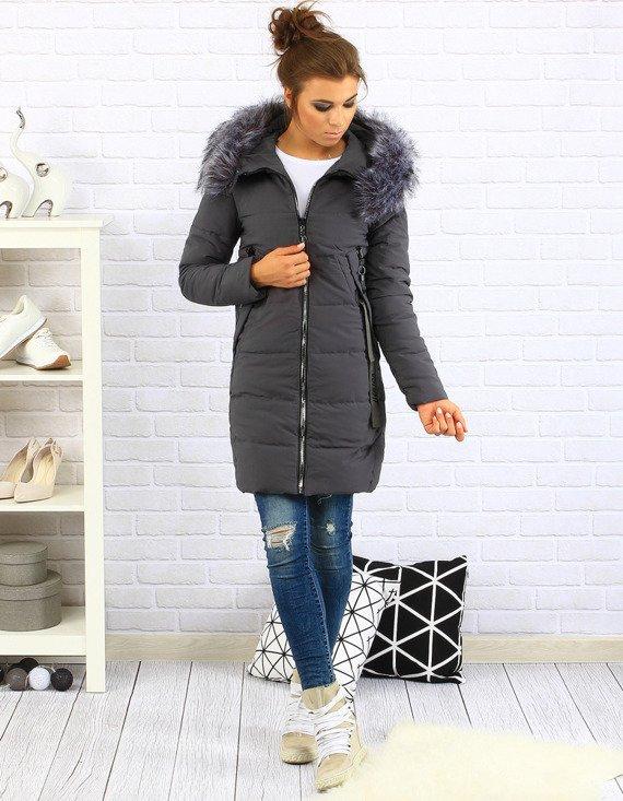 W naszej ofercie online znajduje się odzież damska Sklep internetowy LIGARI proponuje atrakcyjną ofertę na kurtki zimowe jenot,puch,ocieplane,pikowane jesienne parki swetry, płaszcze, bluzy.