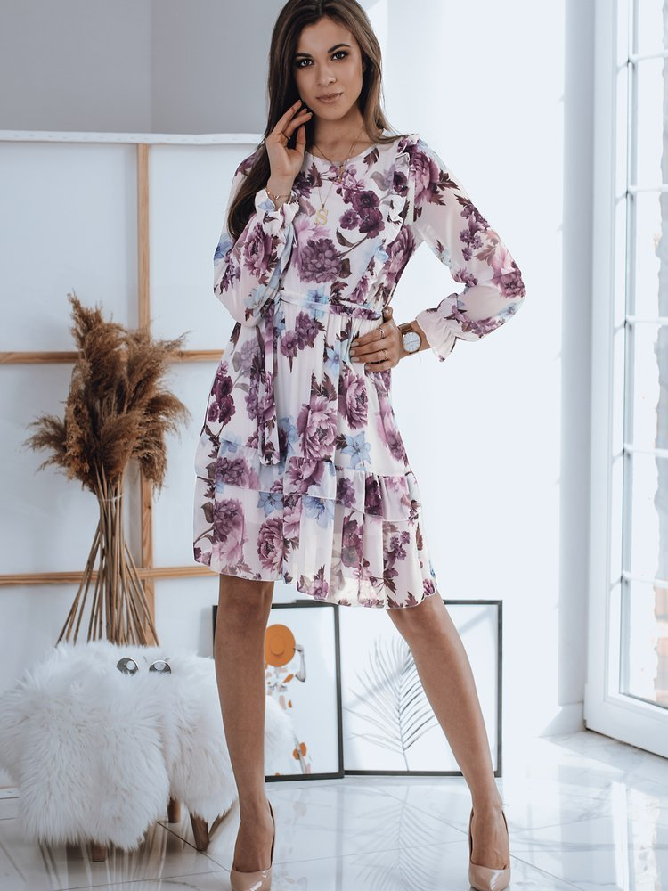 Vzorované šaty s volánikmi