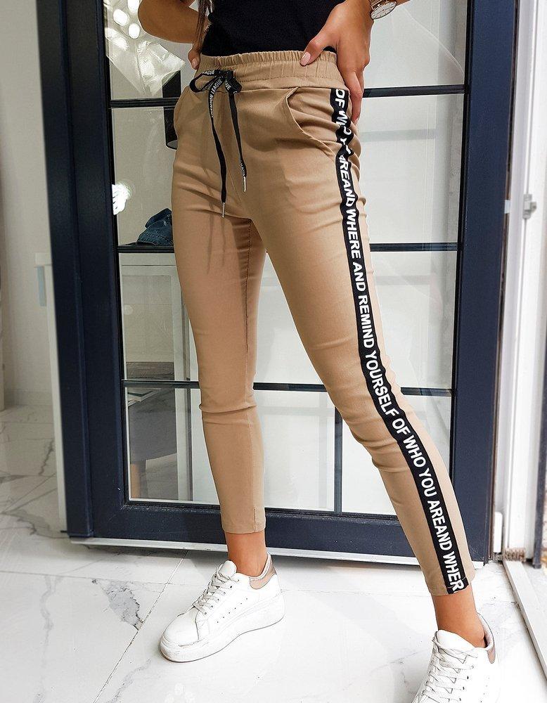 Spodnie damskie WHO YOU kamelowe UY0588