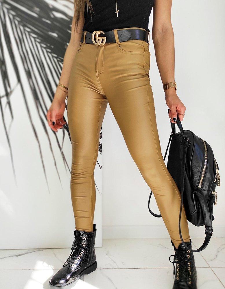 Spodnie damskie woskowane Slim Fit MARCI kamelowe UY0602