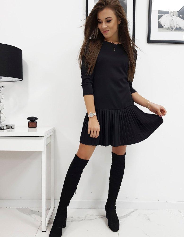 Šaty s plisovaným  čierne