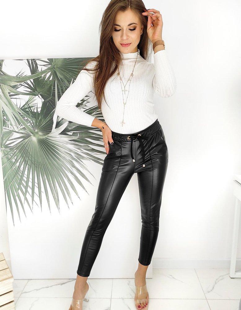 Woskowane spodnie damskie DIANA czarne UY0604