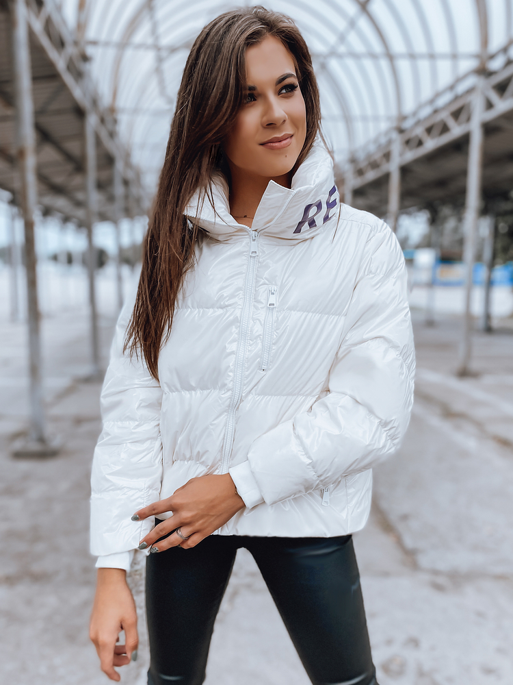 Pekná dámska zimná bunda