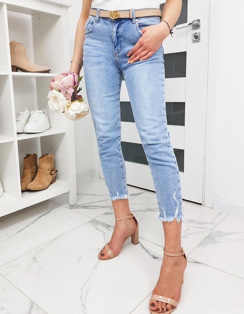 Spodnie damskie jeansowe MOMFIT jasnoniebieskie UY0224