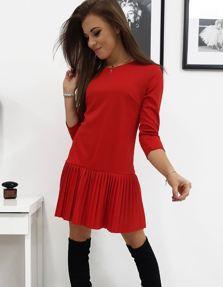 Šaty s plisovaným červené