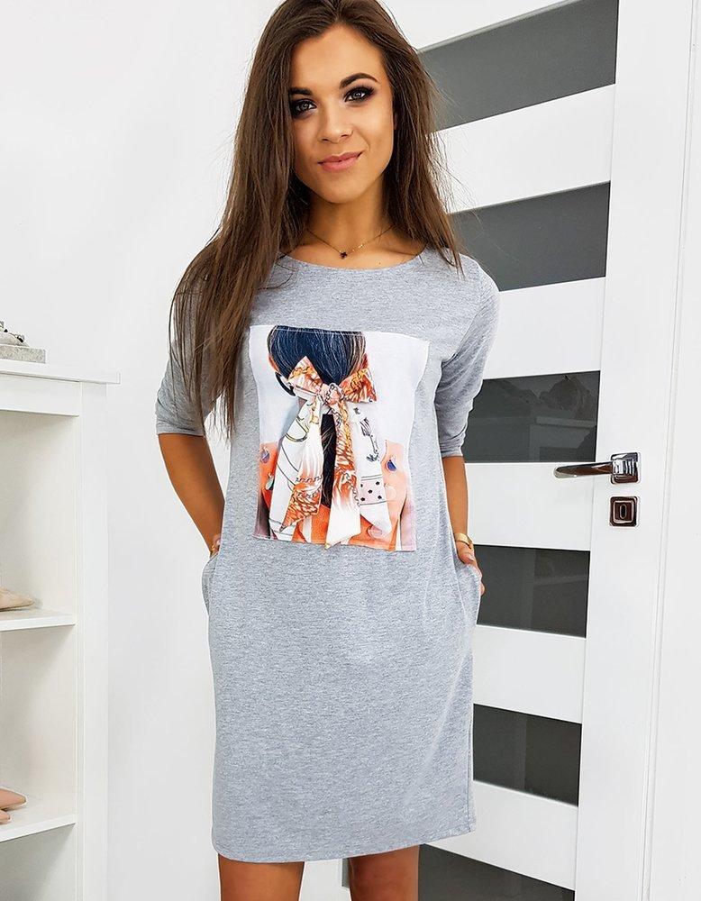 Svetlo-sivé dámske šaty NOEMI s potlačou EY1123