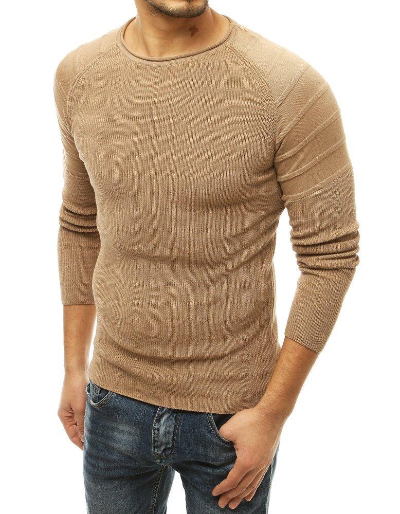 Pekný béžový pánsky sveter.