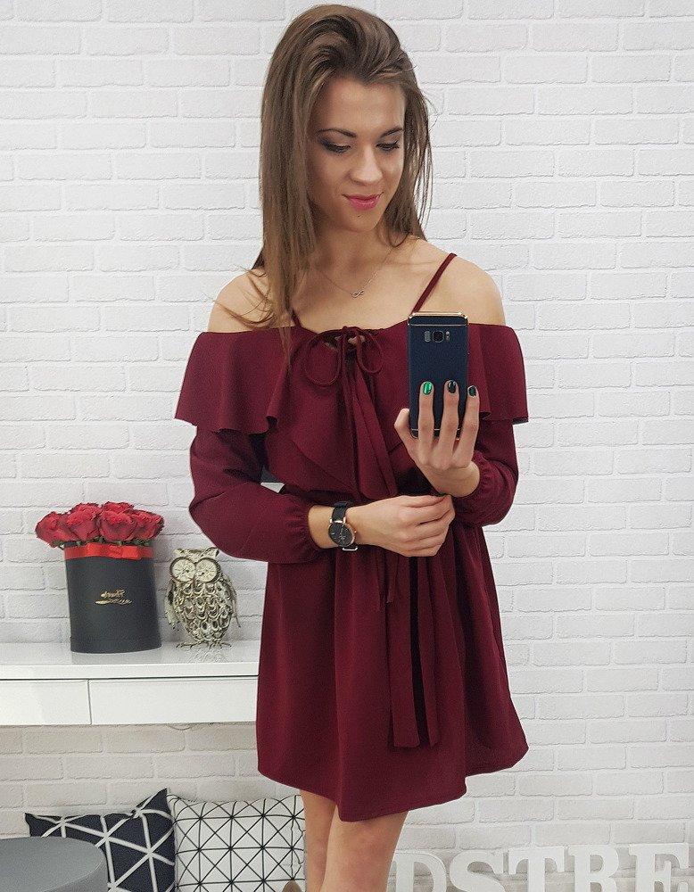 Zaujímavé dámske šaty bordovej farby (ey0638)
